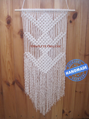 WH03 macrame wall hanging